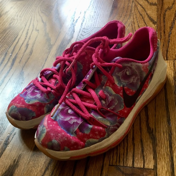 00ad3abe8771 Nike Youth KD 8 Aunt Pearl floral print sneakers. M 5b8336d5d365beaf7041fc32